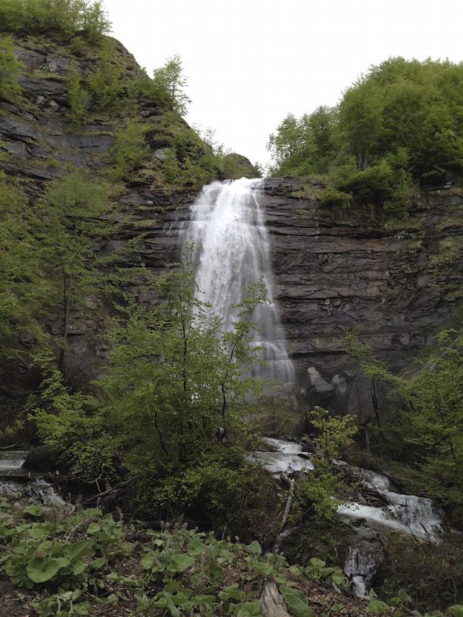 Dal ceppo alla cascata della morricana for Cascata da interno
